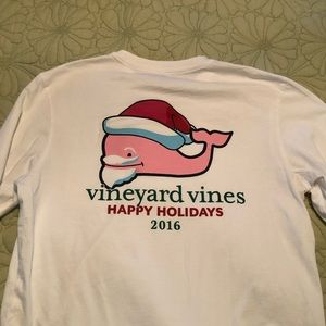 Vineyard Vines men's Long Sleeved Whale T-shirt